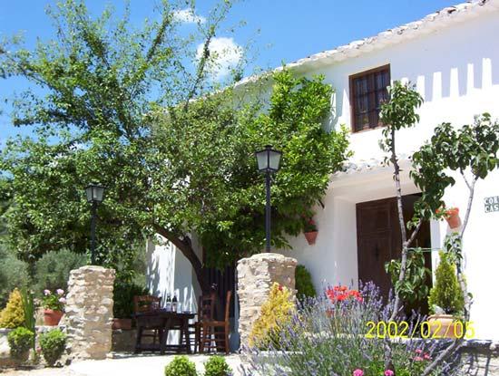 Cortijo casablanca casa rural en priego de c rdoba - Patios interiores andaluces ...