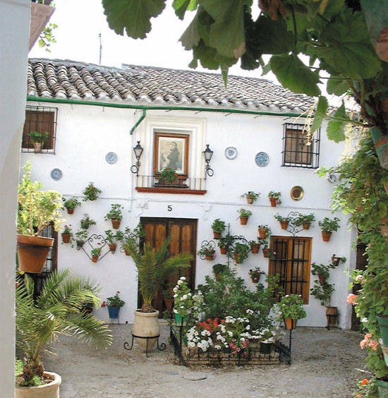 Casa de san antonio casa rural en priego de c rdoba for Fotos de fachadas de casas andaluzas